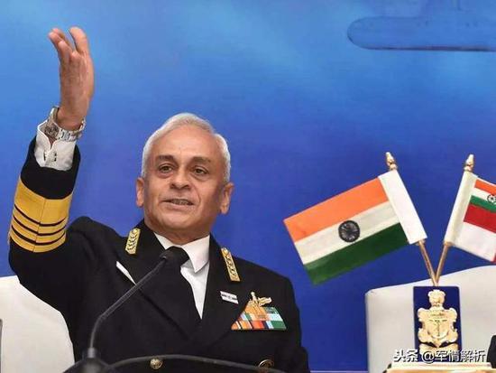 印度海军参谋长、上将苏尼尔·兰巴