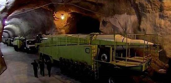 伊朗还储存有大量弹道导弹