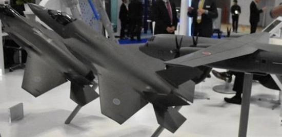 日本确定购买42架F35B