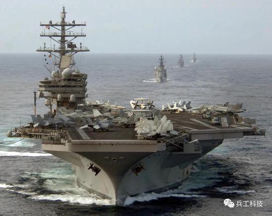 闯南海的美双航母编队实力如何 中国海军能不能打过