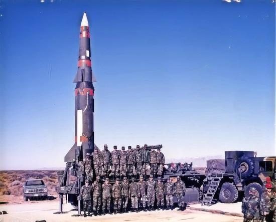 """美军""""潘兴""""中程弹道导弹资料图。"""