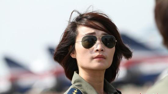 中国空军首名女飞行员余旭牺牲