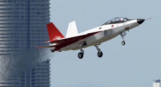 日本将先于中国装备隐形战机_日本为何推迟研发国产隐形战机 项目或被美F35搅黄|隐形战机|F35 ...