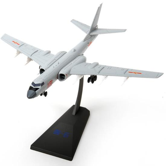 中国海军或列装新型轰6J轰炸机 将成美航母致命威胁