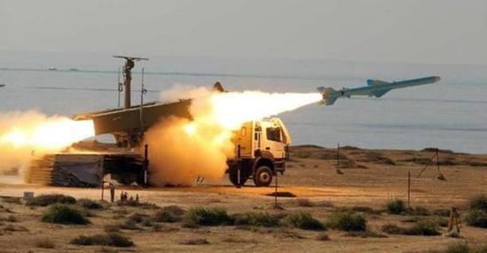 图片:努尔式岸舰导弹