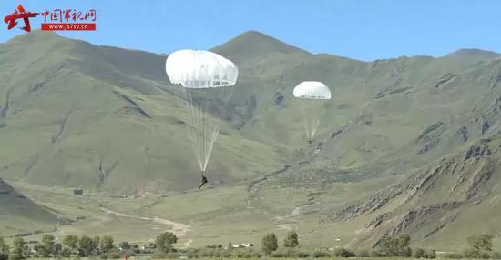 印度特種部隊頻現邊境 解放軍特戰旅成建制空降高原