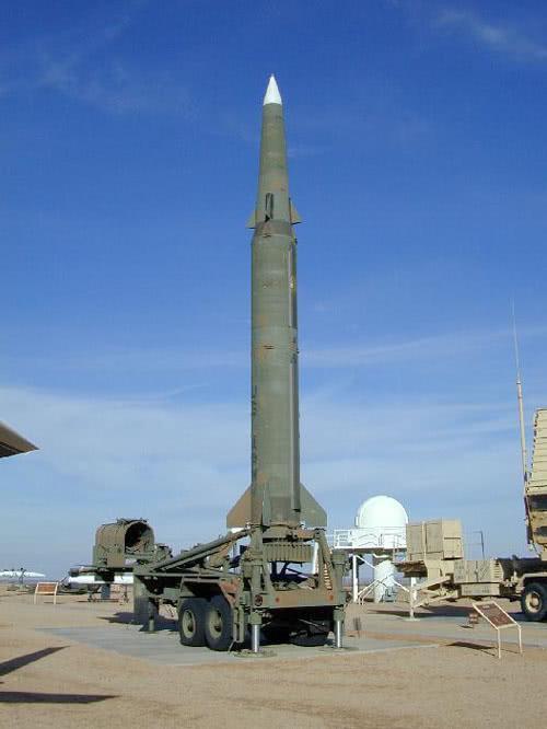 """弹道导弹远程精确打击的""""开路者"""",美国""""潘兴2""""导弹"""