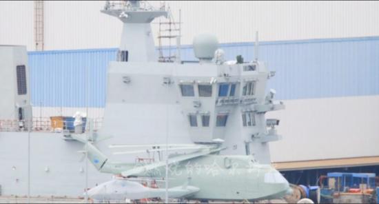 美媒关注中国075两栖攻击舰首次海试:进度快得惊人插图(2)