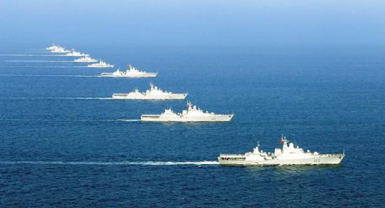 越南海军露獠牙:9艘战舰大编队机动 4艘新锐舰同框