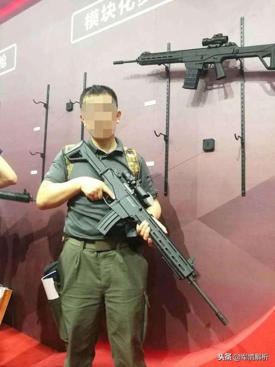 cs 枪_官曝新型步枪系统创新团队 图纸显示新步枪或已定型|步枪|阅兵 ...