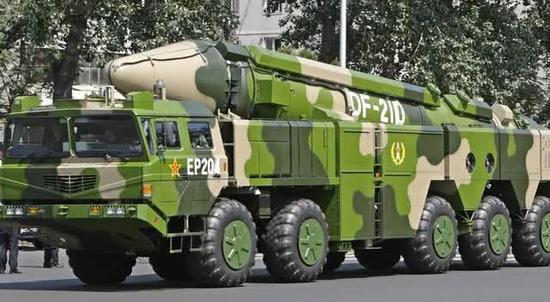 图片:重型底盘对于中国军事当代化至关主要。