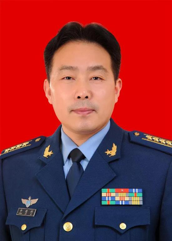 申进科大校,中国空军新闻发言人