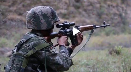我军精锐特战旅为何又重新装备这款退役多年的老枪