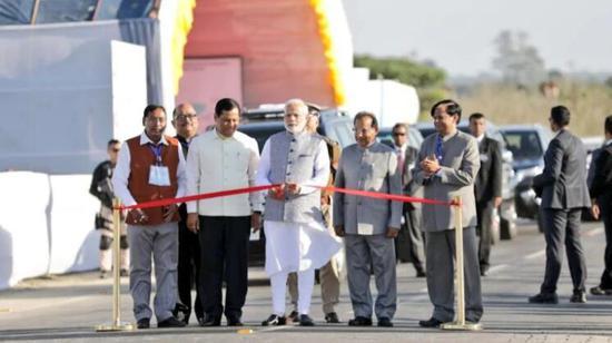 印度总理纳伦德拉·莫迪出席开幕典礼