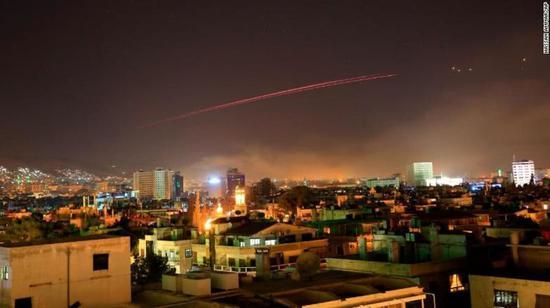 叙利亚始都大马士革频繁遭到空袭