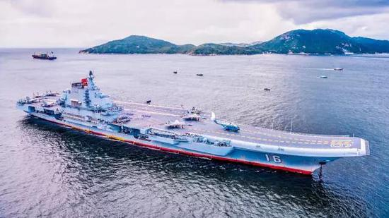 中国几艘航?_中国海军16年前首次环球航行 如今已遨游四海(图)