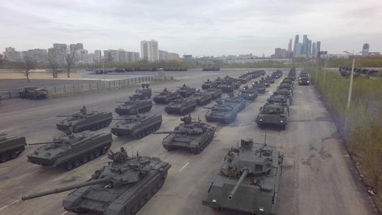 资料图:俄罗斯装甲部队集结