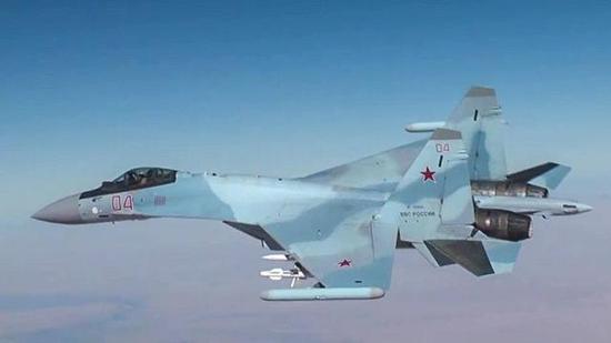 俄军苏-30战斗机