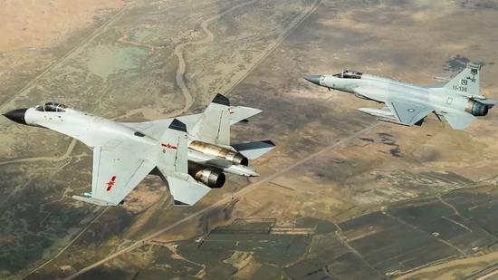 中巴联演:中方或请击落印度战机的巴飞行员分享经验