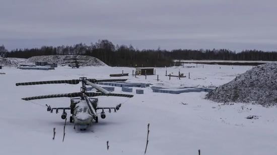 乌克兰首都发现二战时期仓库藏有弹药百余件(图)