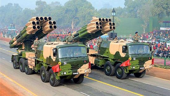 印度研发新型弹道导弹 射程还不如中国外贸版火箭炮