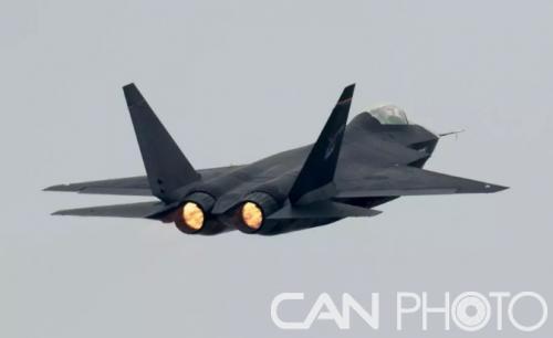 """""""鹘鹰""""战机"""