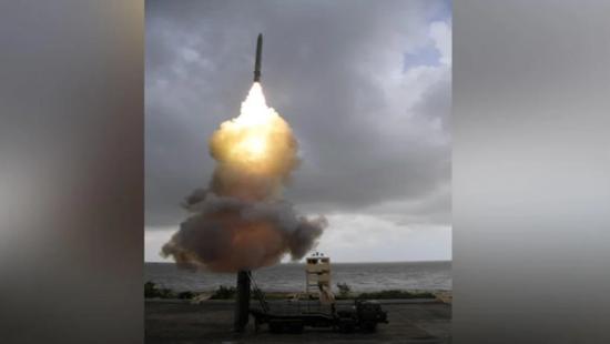 印媒吹嘘印度火箭助飞鱼雷 中国同类装备已服役10年