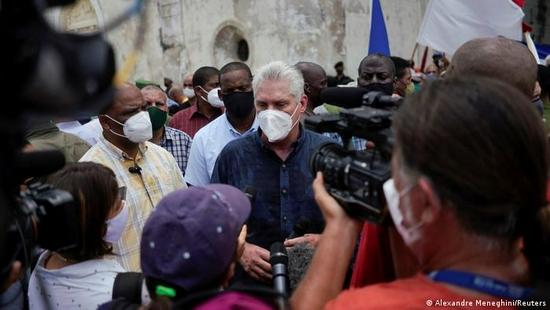 """美在古巴掀起的颜色革命 根本目的是""""价值观灭绝"""""""