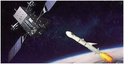 反卫星导弹正在向目标卫星逼近