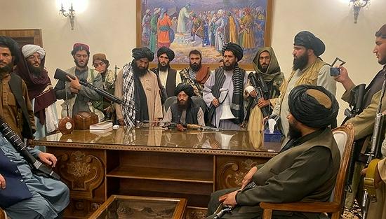 塔利班再度控制阿富汗 未来会是20年前的重演吗?