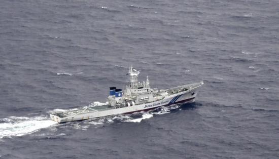 参与搜救的日本海上保安厅船只