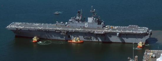 "LHA-6""美国""号两栖攻击舰"