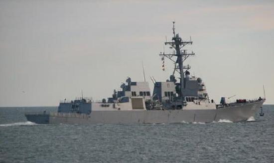 美国海军宣布伯克级驱逐舰班布里奇号已经赶赴现场