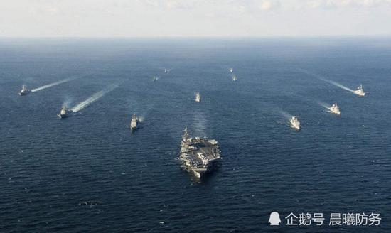 中国加速造盾舰:今年已下水3艘055大驱和1艘052D舰