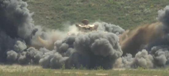 VN2C型防雷车进走爆炸测试
