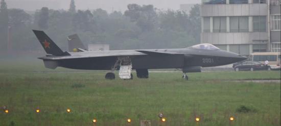 美称鸭翼不能很好展现战机性能 中国歼20却令美尴尬