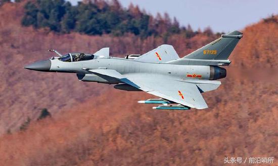 x31喷式战斗机_我国这战机赴俄特技表演惊险动作刷新人们对其认知|巴基斯坦