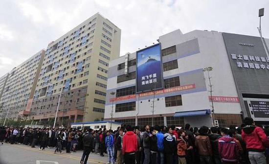 制造业造就了广东的人口数目和人口组织,也造就了更多的军迷