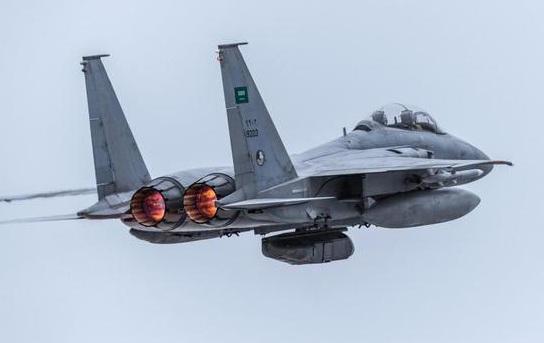 沙特战机悬挂侦察吊舱