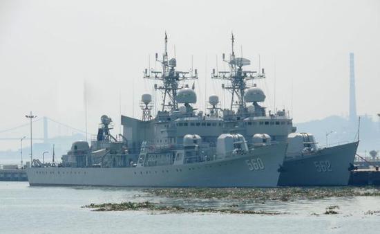 560东莞舰