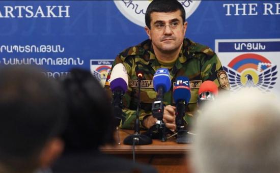 """纳卡""""国防部长""""战斗中负伤 目前已被撤换"""