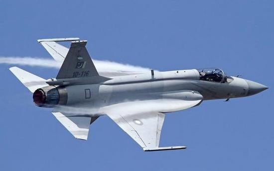 枭龙战斗机已转型为多用途战斗机