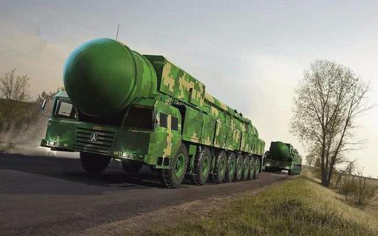 中国火箭军野战机动能力获大幅增强