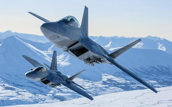 美高官称中国五代机就是抄F35 俄媒都看不下去了