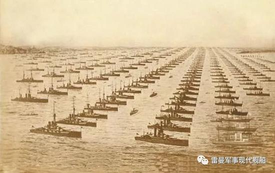 1914年英国阅舰式