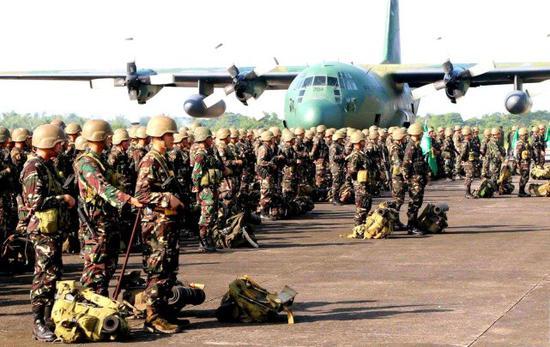 美称中国在菲律宾建通信设施监听菲军 菲方:胡说