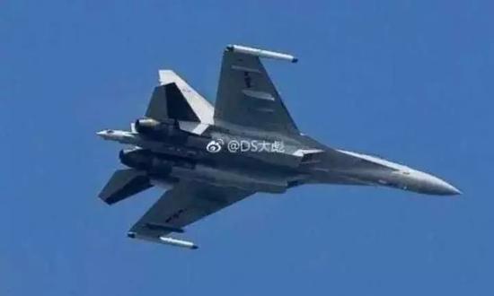 △网上有消息说,解放军苏-35已经出海训练