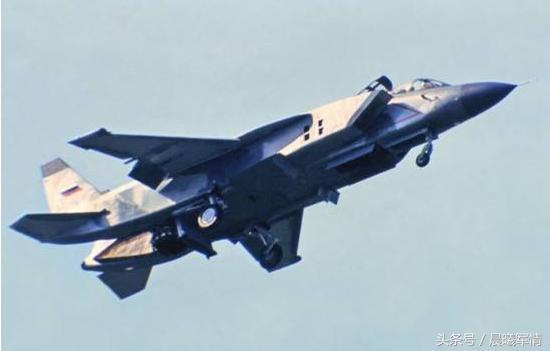 雅克141尚未完成试飞就被迫下马了