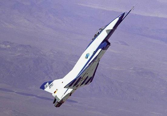 x31喷式战斗机_歼10D配矢量发动机有3大难点但这家中国企业可化解|中国|战斗机