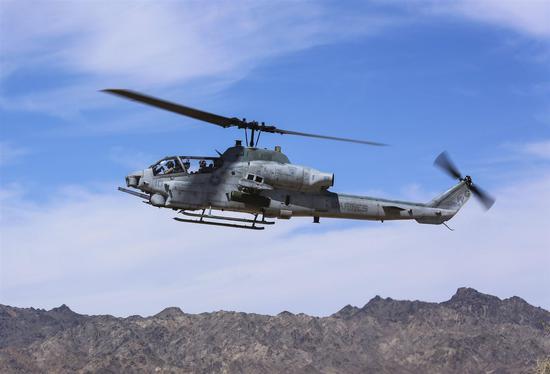 (美国海军陆战队AH-1Z蝰蛇直升机 资料图)